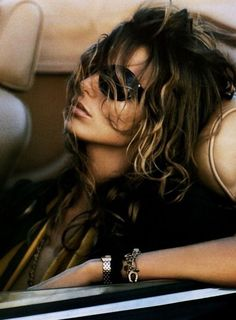 Daria Werbowy - Vogue Paris Mars 2005 Photography by Mikael Jansson