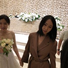 f(x) - Krystal Jessica & Krystal, Krystal Jung, Korean Men, Korean Girl, Ice Princess, Red Velvet Irene, Bridesmaid Dresses, Wedding Dresses, Woman Crush