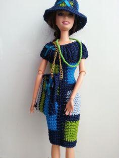 vêtement poupée mannequin Barbie (351)