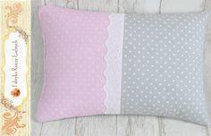 Poduszka ozdobna kropki szaro-różowe 35cm x 25cm Throw Pillows, Bed, Toss Pillows, Cushions, Stream Bed, Decorative Pillows, Beds, Decor Pillows, Scatter Cushions