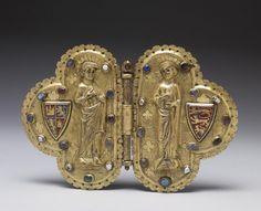 Broche de manteau à charnière - Milieu du13ème siècle - France Morse with Apostles and Heraldic shields,clasp,French,13th century. Dimension : 11.5 x 17.2 cm
