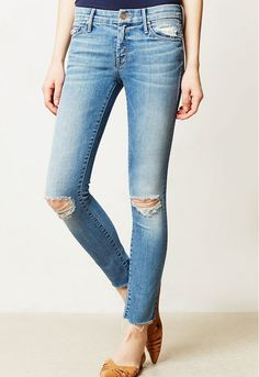 The fray and fit on these jeans is so good you'll want to buy more than one pair. // Looker Ankle Fray Jeans by Mother