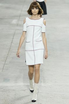 Chanel Paris - Collezioni Primavera Estate 2014 - Vogue