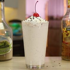 The Sweet Rendezvous - Tipsy Bartender Frangelico Cocktail Recipe, Ice Cream Cocktail Recipe, Cocktail Recipes, Cocktails, Chocolate Sprinkles, Chocolate Syrup, Alcoholic Drinks, Beverages, Jungle Juice