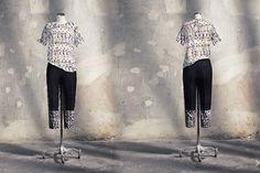 Tracey Wong | OVS - F4YG: T-Shirt in viscosa con stampa floreale e geometrica white € 29,99, Pantalone in natté di cotone con inserti a stampa geometrica € 49,99