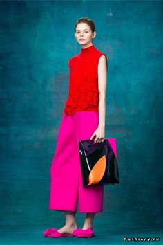 Colors trend.Fuchsia and red