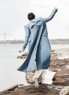 Vogue Australia June 2017 Julia Van Os photographed by Max Papendieck : fashion editorial fashion photography