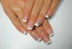 Ricostruzione e Decorazione Unghie Rimini Viviana 3394199336 - Unghie sposa. Ricostruzione unghie naturali