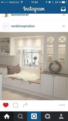 Kjøkken ähnliche tolle Projekte und Ideen wie im Bild vorgestellt findest du auch in unserem Magazin . Rustic Kitchen, Kitchen Decor, Ikea Kitchen, Kitchen Blinds, Interior Design Kitchen, Home And Living, Family Room, Sweet Home, New Homes