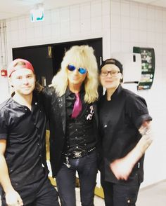 Omg this just happened  #legend #michaelmonroe #vähäinnoissaa #enkestä #lovemyjob ✌ @michaelmonroeofficial