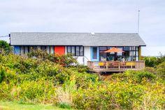 Featured Sales Property: Iconic Vineyard Beach House.   Tea Lane