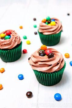 Crispy M&M Cupcakes