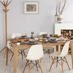 Charles Ray Eames Eiffel DSW Lounge Side Set of 4 Dinning Chairs in white cream 4 Seater Dining Table, Dining Room Chairs, Dining Room Furniture, Table And Chairs, Side Chairs, Eames Style Dining Chair, Office Chairs Walmart, Eames Dsw Chair, Swivel Chair