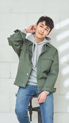 Btob Ilhoon, Kim Sohyun, My Favorite Things, Rain Jacket, Windbreaker, Raincoat, Kpop, Jackets, Wallpapers