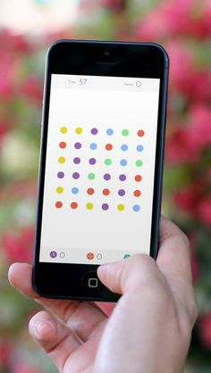 Top Free iPhone App #5: Dots: A Game About Connecting - Betaworks One by Betaworks One - 05/01/2014