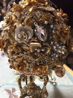 Luxury brooch bouquets designed by Crystal Brooch Bouquets Inc. When only Couture quality will do! Beaded Bouquet, Wedding Brooch Bouquets, Diy Bouquet, Bling Wedding, Dream Wedding, Alternative Bouquet, Steampunk Wedding, Crystal Brooch, Couture