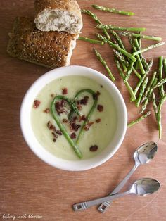 Baking with Blondie : Creamy Potato and Asparagus Soup with Honey Bacon Crumble