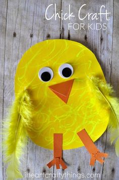 Here is a cute and simple chick craft for kids that uses Fun Chalk to give some extra fluffy texture. It makes a great Easter and spring craft for kids. (spring craft for toddlers farm animals) Duck Crafts, Sheep Crafts, Spring Crafts For Kids, Crafts For Kids To Make, Craft Kids, Kids Crafts, Toddler Crafts, Preschool Crafts, Chicken Crafts