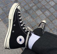 Would you like women's sneakers and boots? Sneakers New Look. Converse Outfits, Sneaker Outfits, Converse All Star, Converse Sneaker, Puma Sneaker, Sock Shoes, Cute Shoes, Me Too Shoes, Emo Outfits