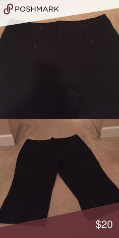 New York and co. Size 18 black wide leg pants Size 18 New York and Co. Black wide leg Capris. Three buttons going up each side in front of waste. Would look super cute with white top tucked in. Can be dressed up or down. New York & Company Pants Capris