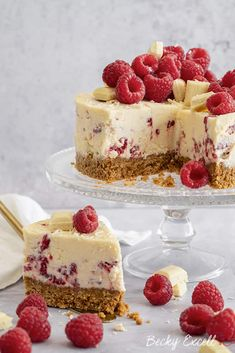 My Gluten Free White Chocolate and Raspberry Cheesecake Recipe (No-Bake) Rolo Cheesecake, Raspberry Cheesecake, Cheesecake Recipes, Dessert Recipes, Chocolate Cream Cheese, White Chocolate, Sticky Toffee Pudding, Buttery Biscuits, Digestive Biscuits