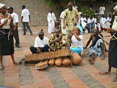Balafon à Dakar- Blog Voyage Trace Ta Route www.trace-ta-route.com  http://www.trace-ta-route.com/senegal-escapade-dakar/  #tracetaroute #senegal #dakar #balafon