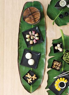 BaliHai Banana Leaf Table Runner by Design Ideas.