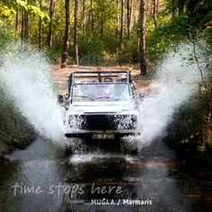 Marmaris'e gelince Jeep Safari yapmayı; Jeep safari yaparken tüm bünyenizi tazeleyecek Turgut Şelalesi'ine uğramayı ihmal etmeyin! / When you visit Marmaris, do not forget to do a safari with a jeep and while you are driving do not forget to visit Turgut Falls which will refresh your body. | http://timestopsmugla.com