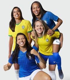 Quando vestimos a camisa do Brasil, estamos brigando para que todas as mulheres tenham espaço no futebol. Esses novos uniformes são uma… #CBF #Brasil #Brazil #Soccer #Football #Futbol #Futebol INSTAGRAM.COM Team Player, Soccer Players, Fifa, Go Brazil, Estilo Cowgirl, Soccer Uniforms, Brazilian Women, Girls Soccer, Article Design