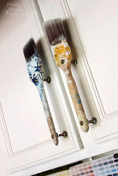 paint brush handles - amaze! Could have saved the cost of handles for my new kitchen if I'd seen this in time!