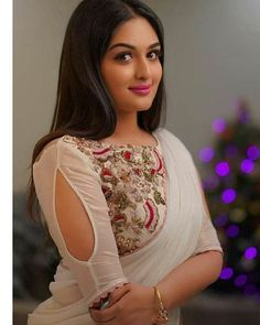 Beautiful Bollywood Actress, Most Beautiful Indian Actress, Beautiful Girl Image, Gorgeous Women, Beautiful Gorgeous, Beauty Full Girl, Beauty Women, Pinterest Girls, Stylish Blouse Design