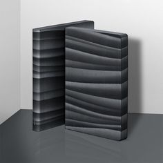 Abstract – notebook / Notizbuch – nuuna by brandbook – nuuna notebooks are designed in Frankfurt and manufactured in Germany from sustainable materials which are made in Europe – find out more about our brand and discover our versatile collection of design notebooks on nuuna.com.