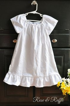 Girls white cotton dresses for beach pictures
