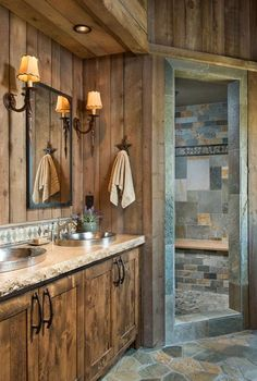 A Modern Take on Old Western Style in Colorado Rustic Bathroom Designs, Rustic Home Design, Rustic Cabin Decor, Rustic Bathroom Decor, Lodge Decor, Rustic Bathrooms, Rustic Cabins, Log Cabins, Rustic Homes
