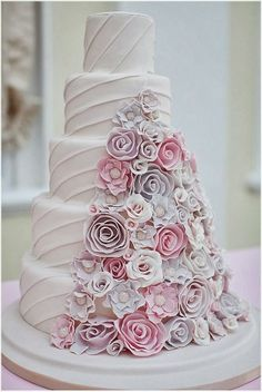 Exquisite luxury cake (=)