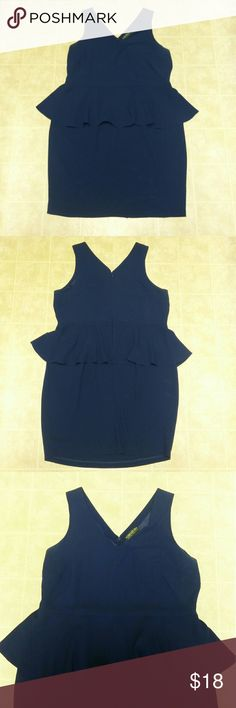 """Forever 21 plus  deep blue peplum dress Forever 21 peplum dress Size : 2x  like a 16 maybe small 18 No stretch  Down side the lining was cut out but the outside of the dress is perfect condition  I love this dress very flattering on  Has a """"V"""" neckline I'm 5""""3 and it hits right at the knee maybe a little above Forever 21 Dresses"""