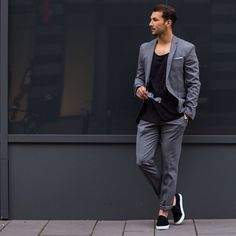 Today, we've rounded up 5 outfit ideas that'll help you not look boring and stay on top of your fashion game. Mens Fashion