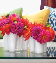 Decor for Bethenny Viewing Party: pink and orange Gerber daisies! Home Flowers, Pretty Flowers, Decorating On A Budget, Floral Arrangements, Flower Arrangement, Red And Pink, Color Splash, Flower Power, Wedding Flowers