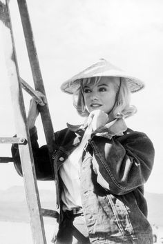 """Marilyn Monroe on the set of """"The Misfits"""", 1960."""