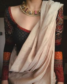 Saree Blouse Patterns, Designer Blouse Patterns, Saree Blouse Designs, Trendy Outfits, Fashion Outfits, Womens Fashion, Saree Trends, Indian Ethnic Wear, Indian Blouse