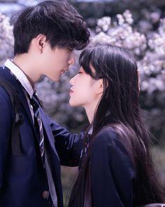 樱花樱花想见你_人像_POCO摄影,人像,摄影,日系,jk Falling In Love Again, I Fall In Love, Couple Posing, Couple Photos, Ulzzang Korea, Anime Love Couple, Korean Couple, Ulzzang Couple, I Still Love You