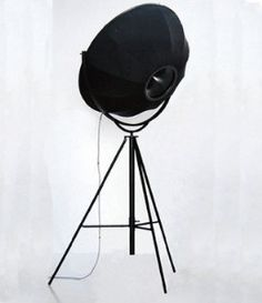 . Fortuny Lamp, Design