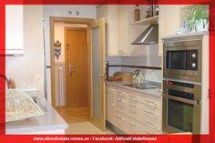 Fantástica vivienda en San Sebastián de los Reyes  con 2 plazas de garaje y amplio trastero, la vivienda consta de 3 amplios dormitorios 2 baños uno en suite y el segundo con plato de ducha e hidromasaje. Remax All Real Estate https://www.facebook.com/AllRealEstateRemax
