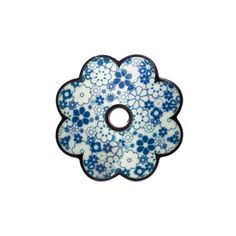 Aha! You can actually buy one! How much is 200 Euros? Jane Moore flower pattern brooch @ DESIGNYARD