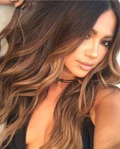 Jessica Burciaga sun-kissed hair