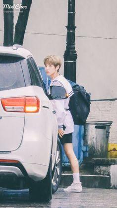 Hello there 😎 Jisung Nct, Huang Renjun, Dream Chaser, Boyfriend Material, Jaehyun, Nct Dream, My Sunshine, Nct 127, Boy Bands