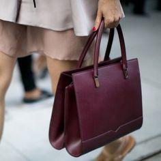 Le sac bordeaux, look de la Fashion Week printemps été 2014 de New York