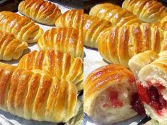 Ψωμάκια γεμιστά με μαρμελάδα τα γνωστά...strudel! Hot Dog Buns, Hot Dogs, Strudel, Finger Foods, Deserts, Bread, Recipes, Finger Food, Brot