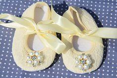 Baby girl ivory Shoesivory Baby ShoesBaby Girl ivory by BabyLUXX