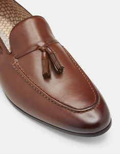 Wedding Shoes Online, Oxford Online, Iconic Australia, Latest Dress, Leather Loafers, Dress Shoes, Stuff To Buy, Fashion, Leather Dress Shoes